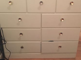 Free Dresser for Sale in Stanwood,  WA