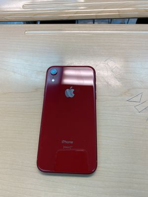 iphone Xr (red) for Sale in Brooksville, MS