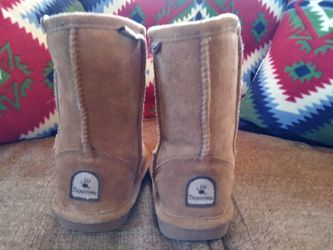 Bear Paws boots girls size 12 for Sale in Moriarty,  NM
