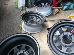5lug. 15 inch rims the 2 back ones are wide fitsf 150 n dodge ram for Sale in Kulpmont, PA
