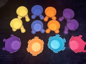 Silicone cupcake holders for Sale in San Antonio, TX