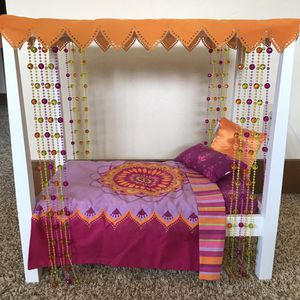 American Girl Doll - Julie bed and bedding for Sale in Park City, UT