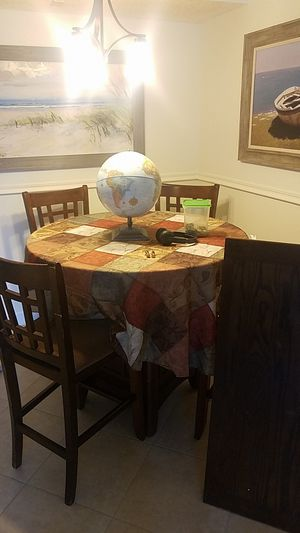 Free table for Sale in Lake Worth, FL