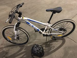 Hiland 24 in Mountain Bike 21 speeds for Girls or Boys W/ Disc-brakes for Sale in Prineville, OR