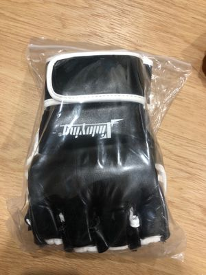 Xinluying MMA Gloves Martial Arts Grappling Sparring Punch Bag UFC Combat Fighting Boxing Training Gloves for Men Women(Size XL) for Sale in New York, NY