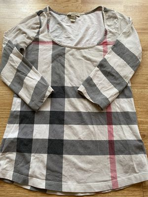 Women's Burberry shirt for Sale in Shaker Heights, OH
