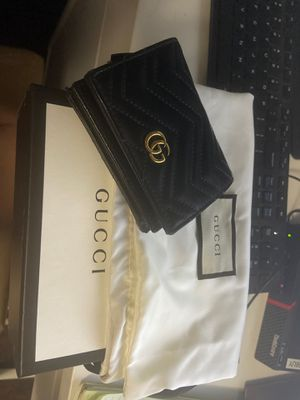 Gucci wallet with dust bag + box for Sale in Cudahy, CA