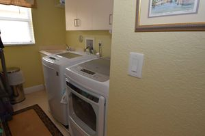 LG dryer and washer for Sale in Seattle, WA