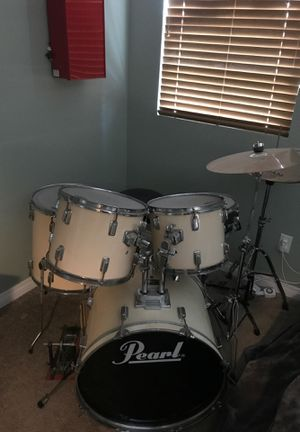 Pearl drum set for Sale in Lake Elsinore, CA