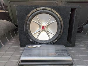Kicker 12 inch subwoofer with amp for Sale in Pasadena, CA