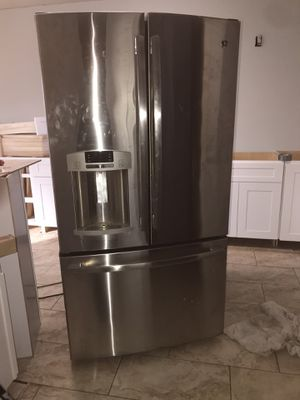 Stainless Steel General Electric Appliance Kitchen Set for Sale in Duncanville, TX
