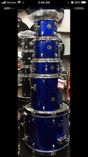 Ludwig complete Drum Set with Hardware and Cymbals for Sale in Scottsdale, AZ