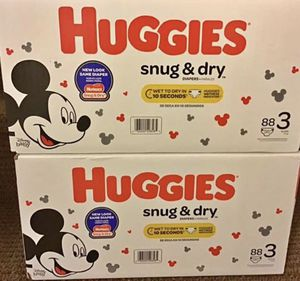 Huggies snug & dry diapers size 3 for Sale in Philadelphia, PA