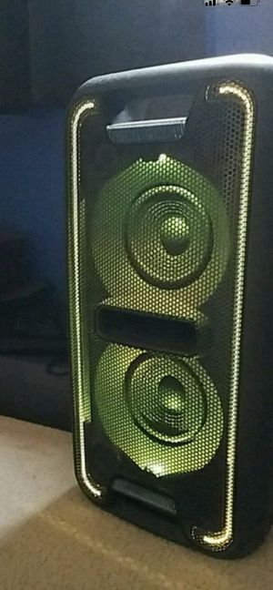 Sony HUGE Bluetooth speaker , Sony GTK-XB7 Portable Bluetooth Home Audio System. for Sale in Irving, TX