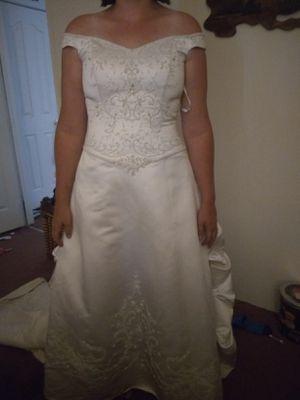 Wedding dress size 14 for Sale in Payson, AZ