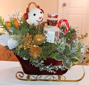 Christmas Bath & Body Gift Set - Beautifully arranged in a Red Sleigh- Handmade for Sale in Fort Washington, MD
