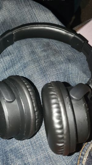 Apaike wireless bluetooth headphones for Sale in Hutto, TX