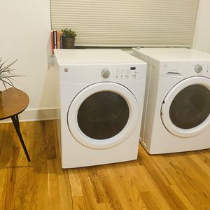 Stackable Washer & Dryer for Sale in Philadelphia, PA