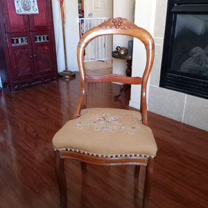 Antique Tapestry Chair for Sale in El Paso, TX