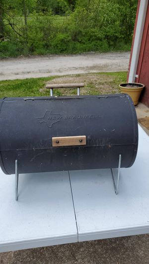 New Braunfels mini BBQ pit for Sale in Arnold, MO