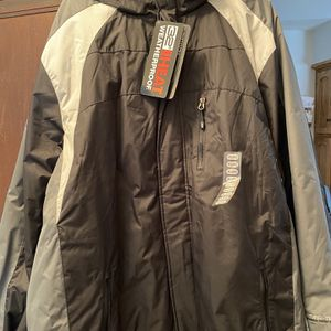 Waterproof Heavy Winter Jacket for Sale in Rockdale, IL