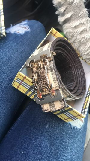 Burberry for Sale in Columbus, OH