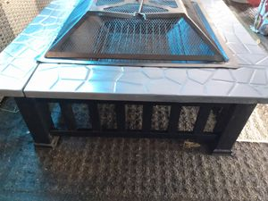 Metal wood burning pit outdoors for Sale in Prairieville, LA