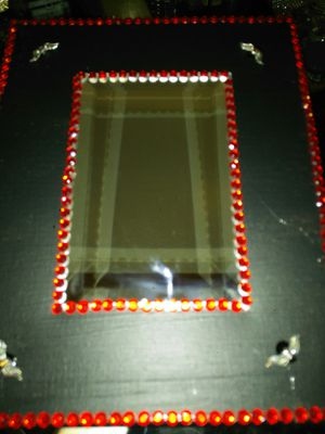 Eight-by-ten mirrored picture for Sale in Groveport, OH