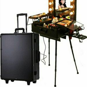 Vanity Make Up Case Rolling for Sale in Federal Way, WA