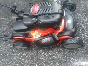 Scotts self propelled lawn mower for Sale in Cleveland, OH