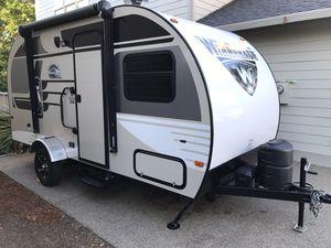 2017 Winnie Drop 170K Camper Trailer Like New for Sale in Opelika, AL