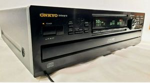 ONKYO Integra 6 CD player/changer DX-C730 for Sale in Bell Gardens, CA
