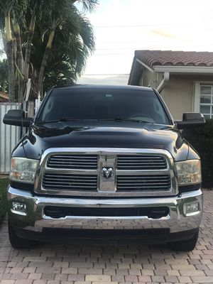 2010 2500 Dodge Ram for Sale in Miami, FL