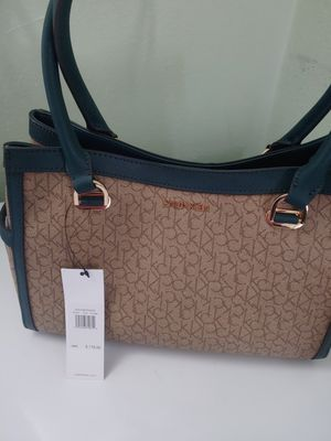 CALVIN Klein purse for Sale in March Air Reserve Base, CA
