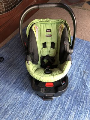 Britax car seat to 35 lbs for Sale in Castro Valley, CA