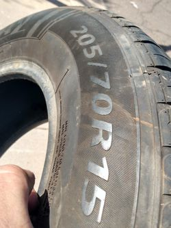 Sentury Touring Tire (Used) for Sale in Phoenix,  AZ