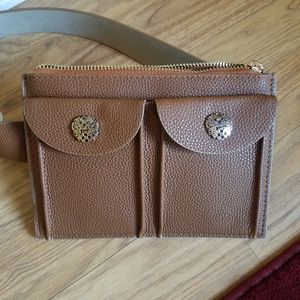 NWT Vince Camuto Fannypack for Sale in Tucson, AZ