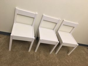 3 white kids chairs for Sale in Edgewood, WA