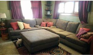 Couch for Sale in Hemet, CA