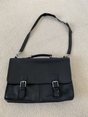 Coach black leather messenger bag for Sale in Issaquah, WA