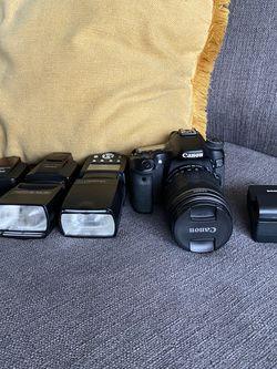 Canon 70 D and Accessories. for Sale in Orlando,  FL