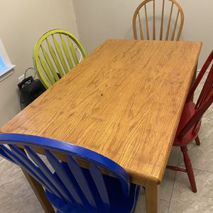 Breakfast Table for Sale in Stonecrest, GA