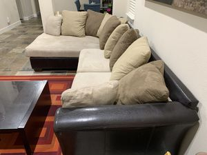 L shaped sectional sofa for Sale in San Ramon, CA