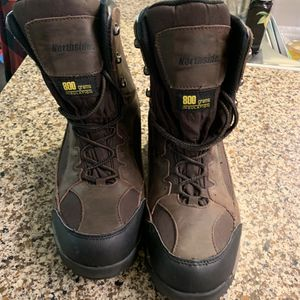 Northside 800 gram insulated hunting boots size 10 for Sale in Clackamas, OR