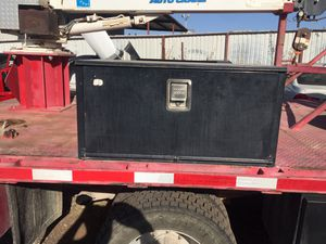 Work truck tool box for Sale in Mustang, OK