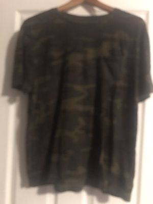 Gap Camo one pocket T-Shirt for Sale in Portland, OR