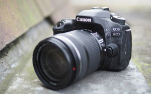 Canon 80D (body only) for Sale in Orlando, FL