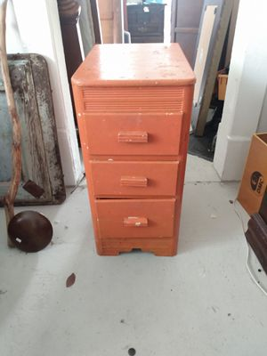 Cheap vintage chest for Sale in Greensboro, NC