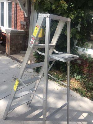 Escalera de aluminio de 6 pies for Sale in Brookfield, IL