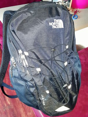 North face backpack for Sale in Modesto, CA